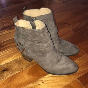 Express booties in great condition